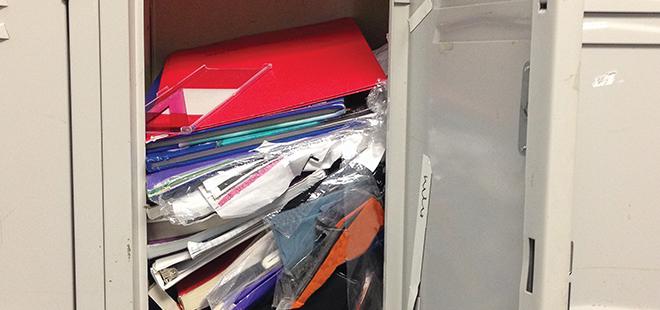 messy-locker
